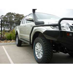 Hilux 2005-2011 compatible Steel Side Steps & Rails