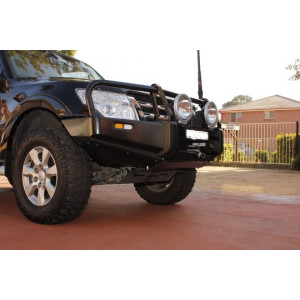 Pajero NW 2011+ Commercial Bar